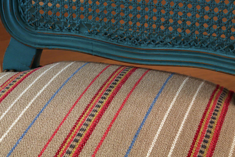 Silla francesa reciclada y tapizada