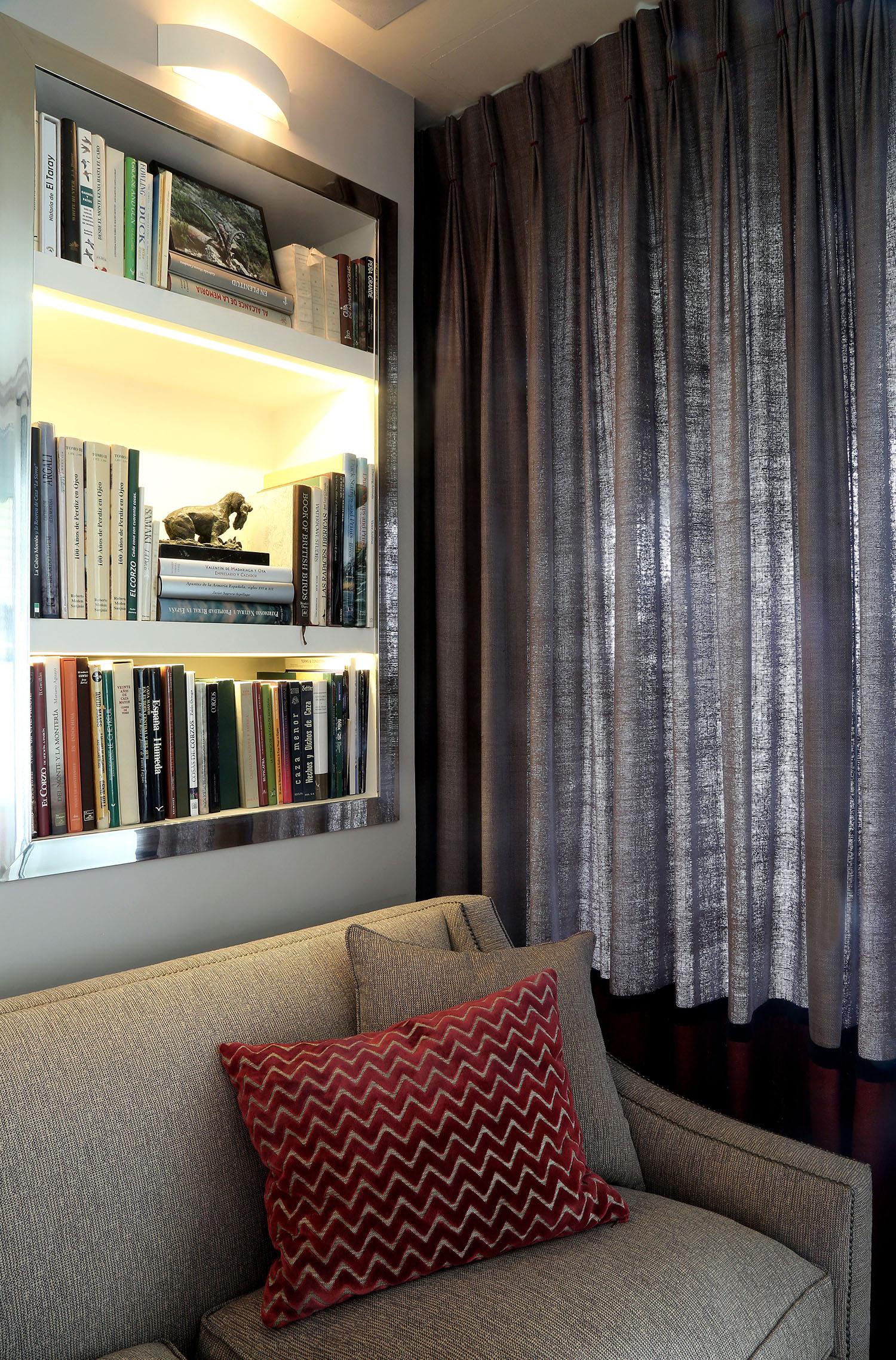 Piso madrid centro blanat deco for Compartir piso madrid centro