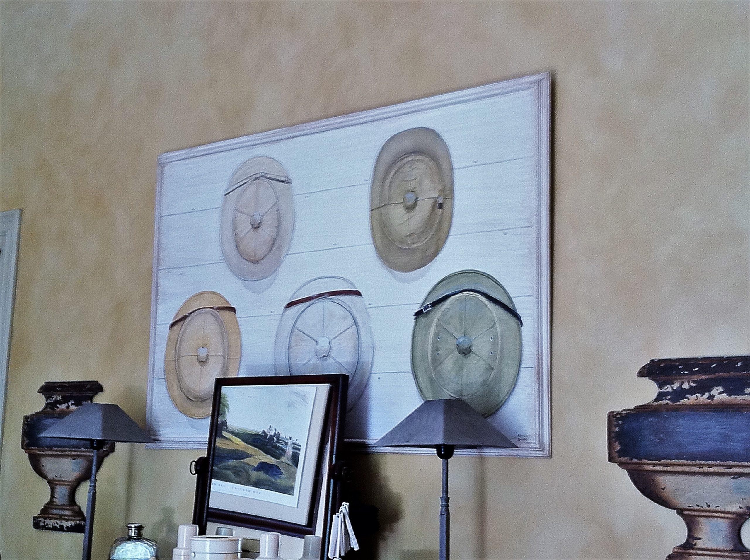 Cuadro con colección de sombreros coloniales