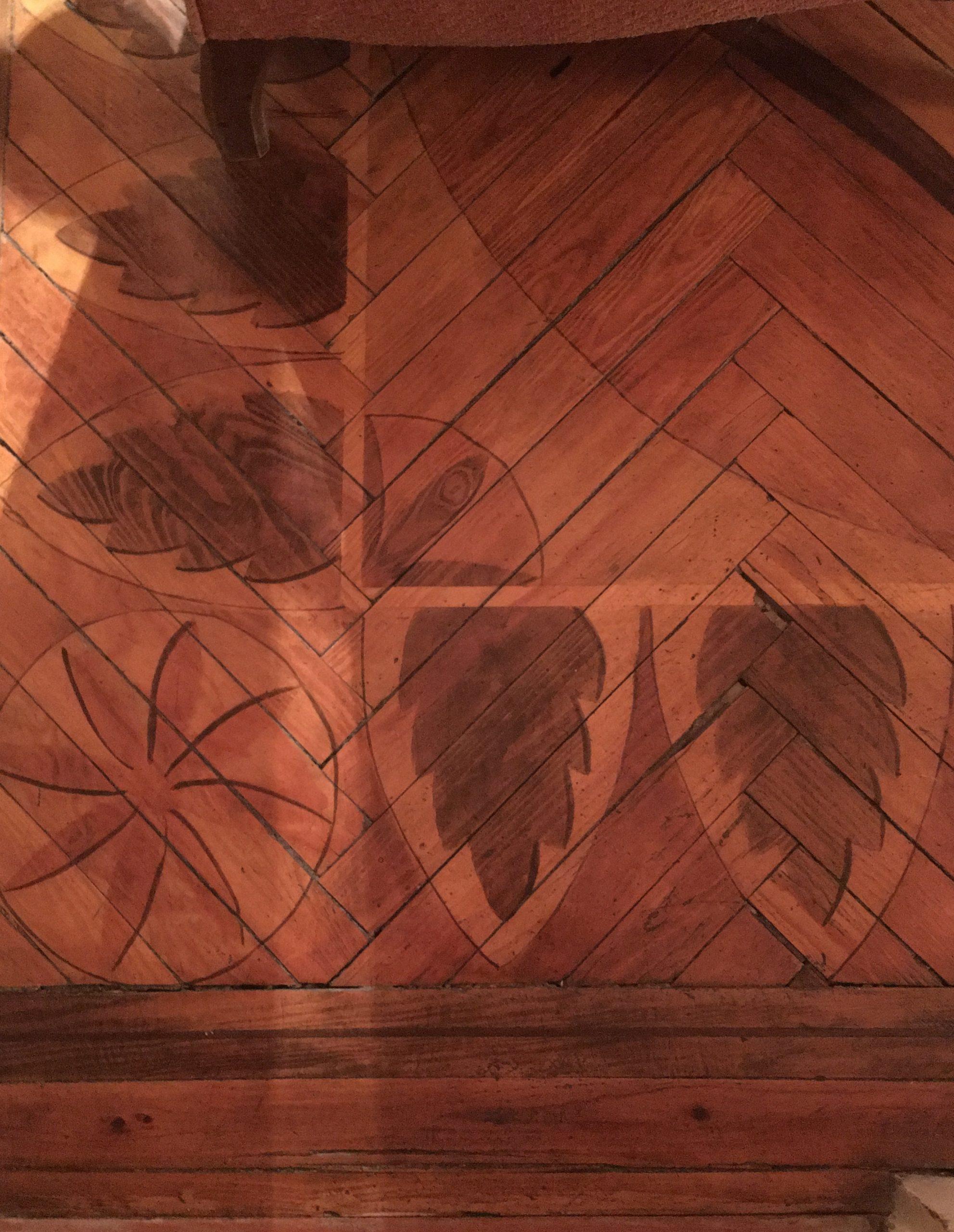 Suelo de pino Melis con dibujos