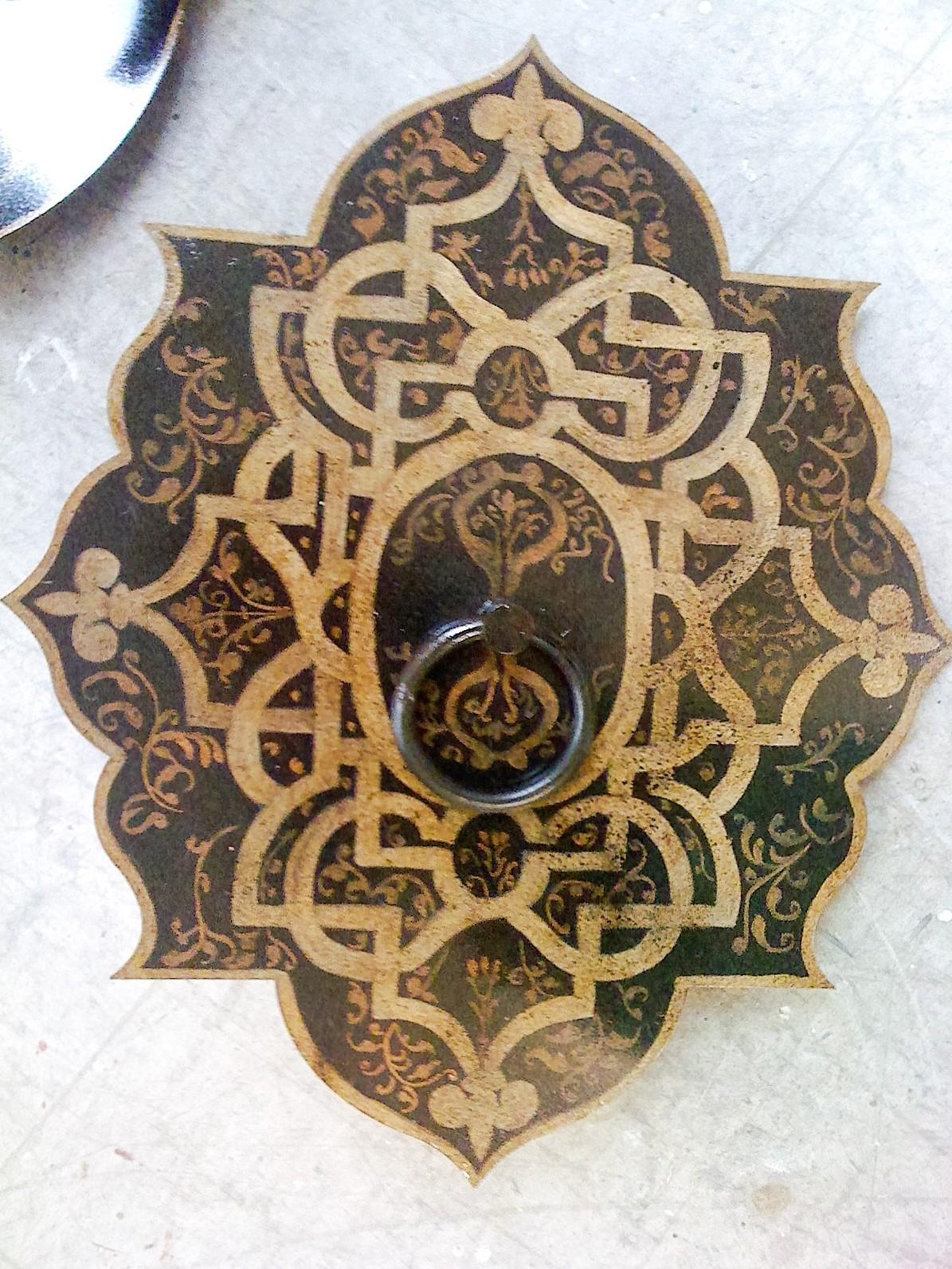 Placa de hierro dibujo turco